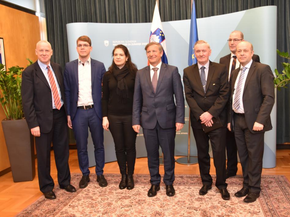 Slika: slika: www.mzz.gov.si