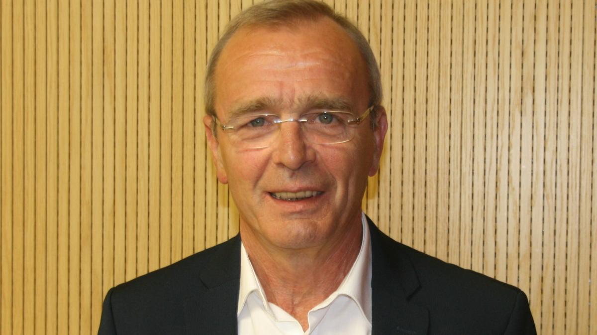 Slika: predsednik ZNP, Nanti Olip