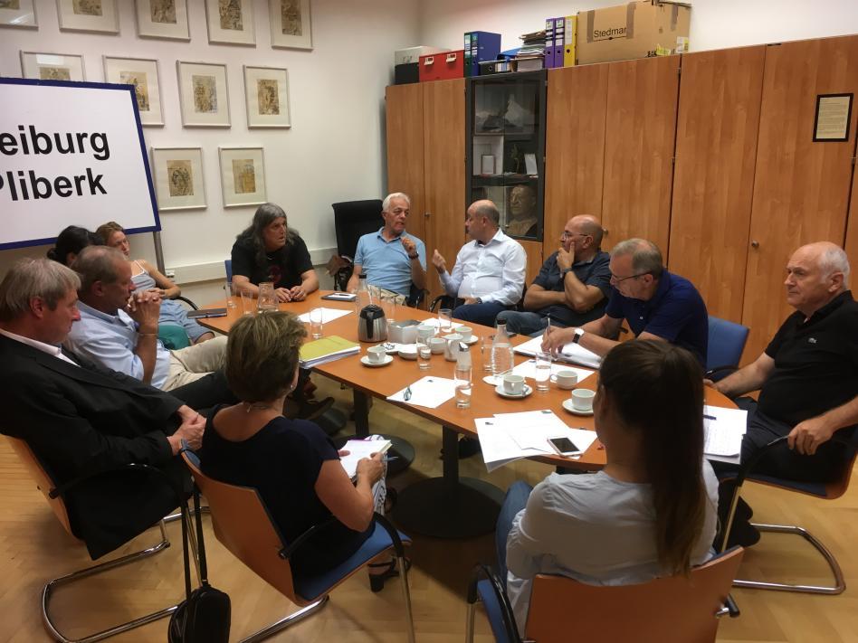 Slika: Srečanje predsedstva NSKS s člani Iniciative SKUP