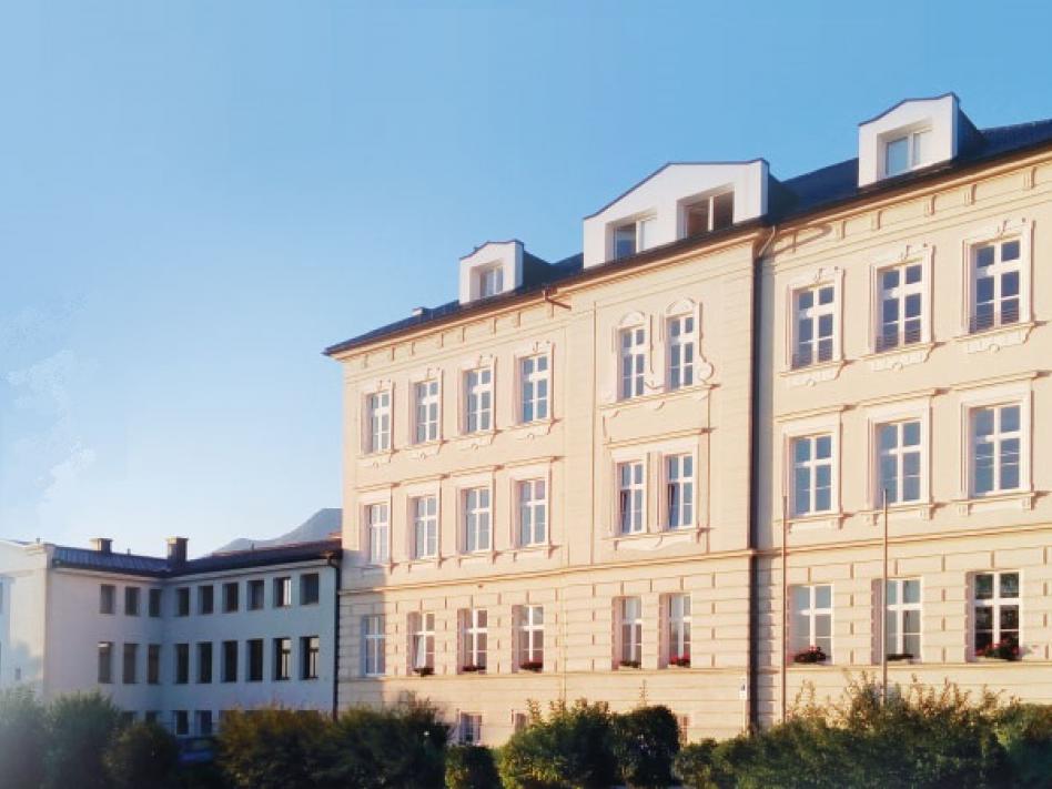 Slika: Višja šola za gospodarske poklice v Št. Petru pri Št. Jakobu v Rožu prejme 41. Tischlerjevo nagrado 2020