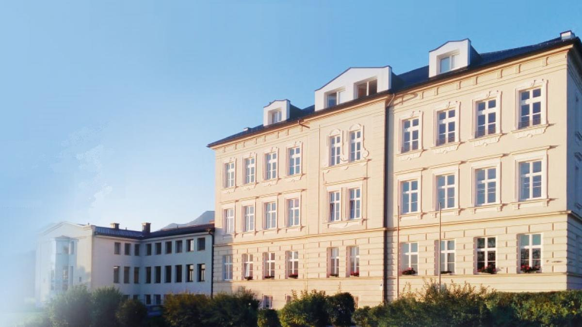 Bild: HLW St. Peter i. R./ Višja šola za gospodarske poklice Št. Peter v Rožu erhält den Dr.-Joško-Tischler-Preis 2020