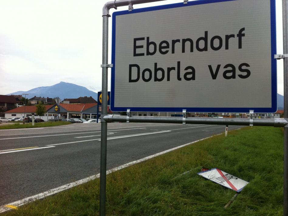 Slika: Predlog za vidno dvojezičnost v občini Dobrla vas
